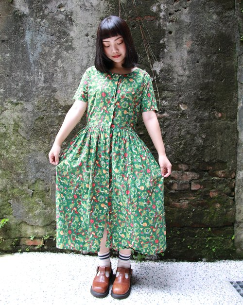 Back to Green :: Christmas combination vintage dress (D-07)