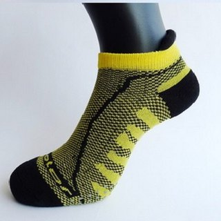 MIT Bamboo Carbon with Breathable Cushion Antiskid Sports Socks _ Yellow 2 into the group