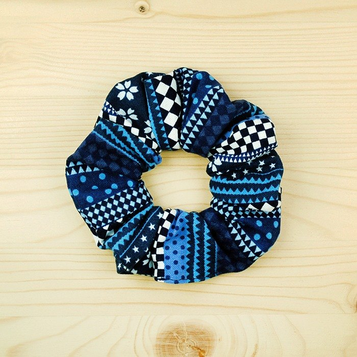 Simple style hair bundle _ blue / large intestine ring donut hair ring