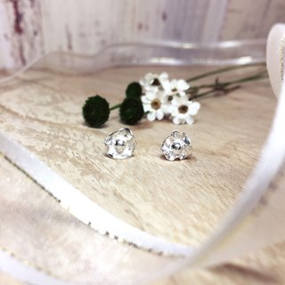 MIH Metalworking Jewelery | Whispering Flowers Sterling Silver Earrings bring you flowers sterling silver earrings