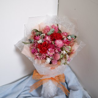 To be continued | Mother's Day limited red pink carnation dry flower eternal flower romantic Korean bouquet (without withered carnation version) Spot
