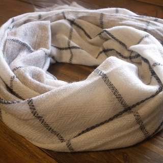 【Grooving the beats】Cashmere Stripes Shawl / Scarf / Stole Handmade from Nepal(Plaid_White)