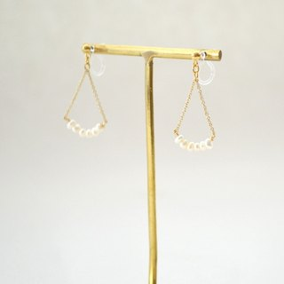 Earrings / Pearl Chain No hole Pierces