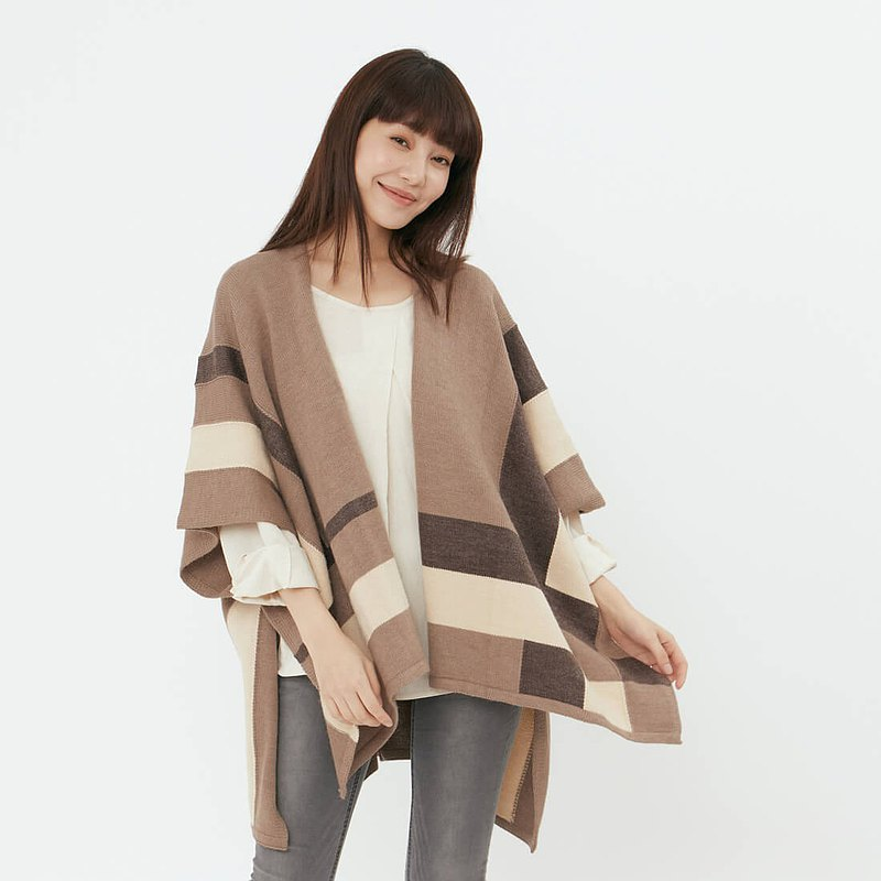 Ann Wool Blend Color Block Poncho Shawl / Coco Milk