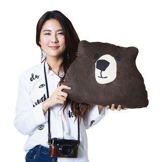 Brown Bear Pillow size M