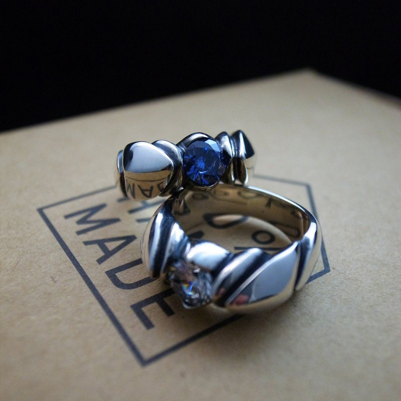 Lotus Series [Moment] 925 Sterling Silver Ring (Ksana / Single) Lotus White Diamond Blue Diamond / Ring Tail Ring