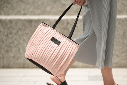 vingt six quartz pink Tote (do shoulder bag. handbag dual-use)