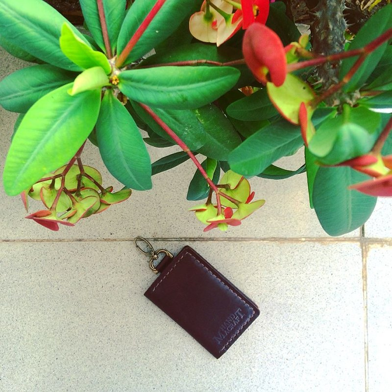 wallet keychain color Dark Brown