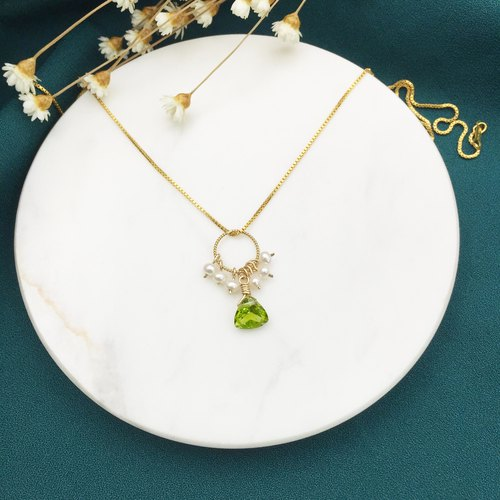 Happiness Fruit Pearl Peridot Stone Wreath American 14KGF Note Gold Necklace