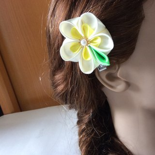 Kanzashi yellow ribbon flower hair clip hair pin hair accessories(つまみ細工)