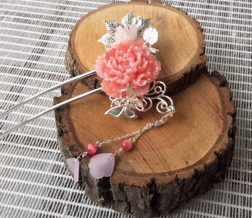 Meow ~ hand made resin peony hairpin (pink / silver bottom)