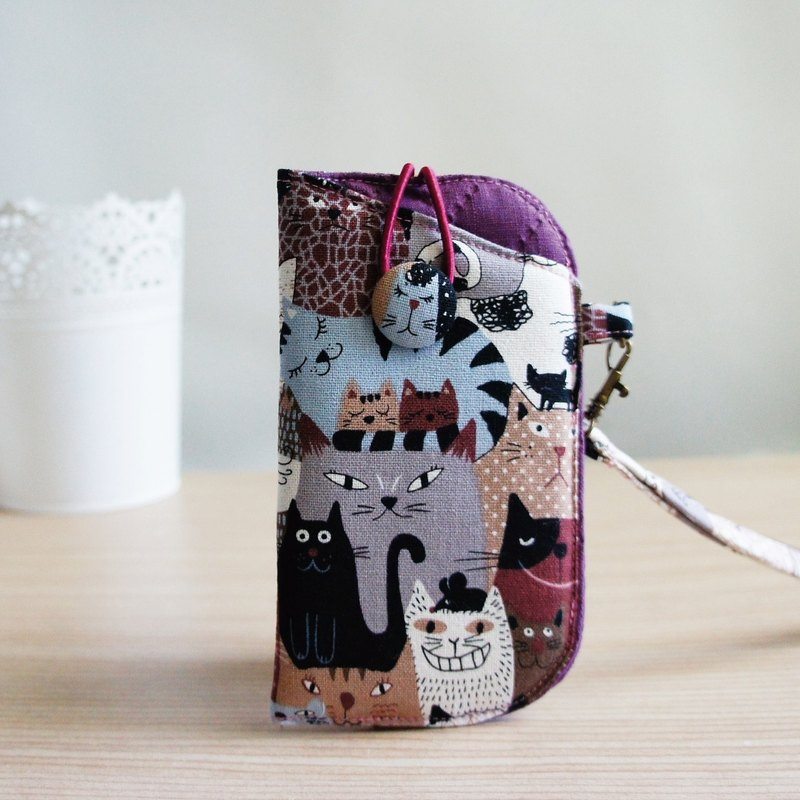 Lovely coffee and playful comet buckle mobile phone bag, double-layer cotton mobile phone bag, 5 吋 mobile phone available