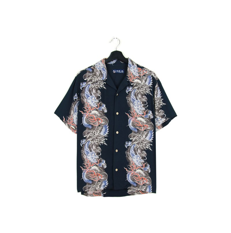 Back to Green :: and handle flower shirt black and blue in the dragon / / men and women can wear / / vintage (S-33)