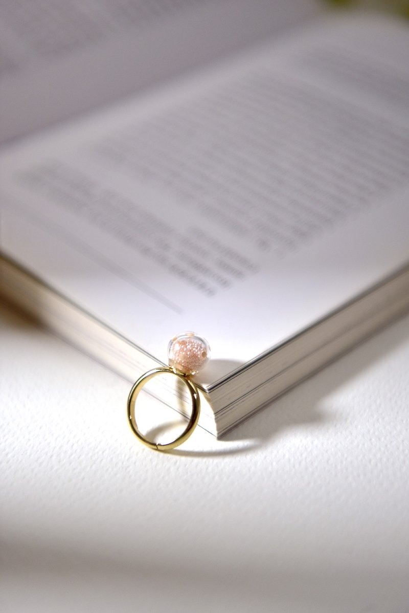 GEMMA PINK - Pink polka dots glass bubble ring