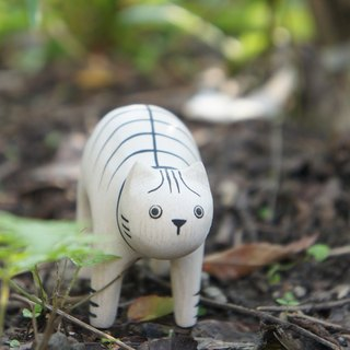 Little thing} no small wooden animal: striped cat _ healing wood products