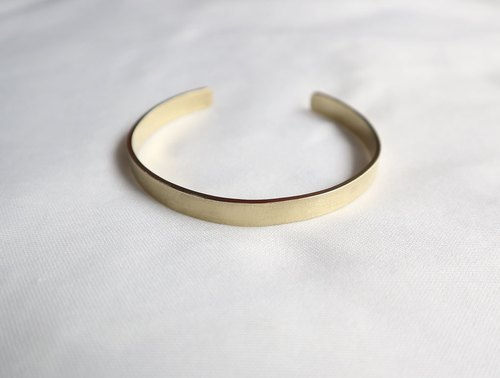 Ni.kou brass flat sand bracelet (wide version)