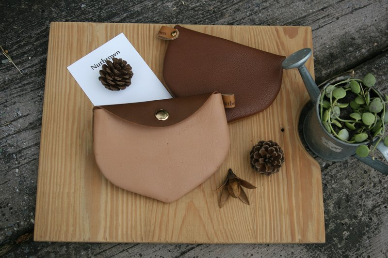 Handmade leather - chestnut purse / card bag - cappuccino brown