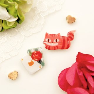 Catty in Wonderland Handmade pink cat with poker earrings (2 models for a set) - can be changed clip
