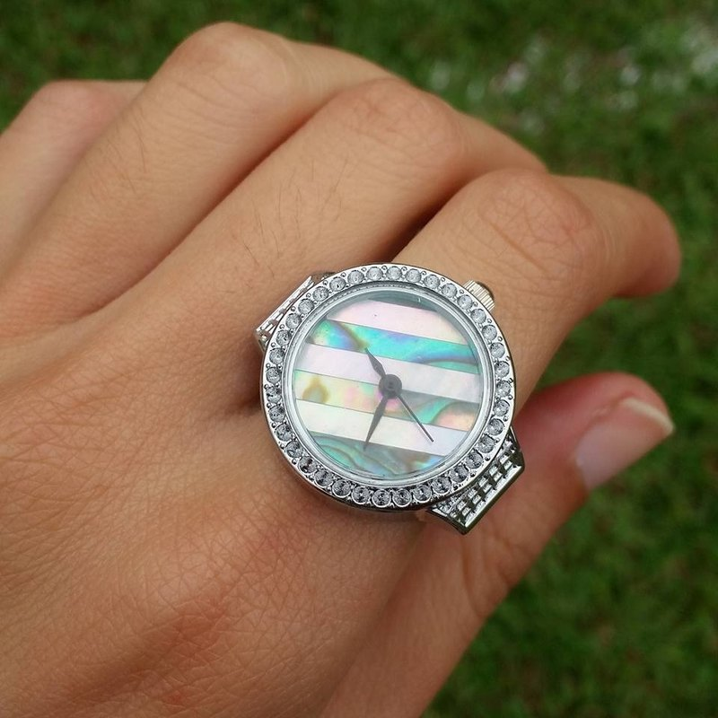 【Lost And Find】Natural mother of pearl   abalone ring watch
