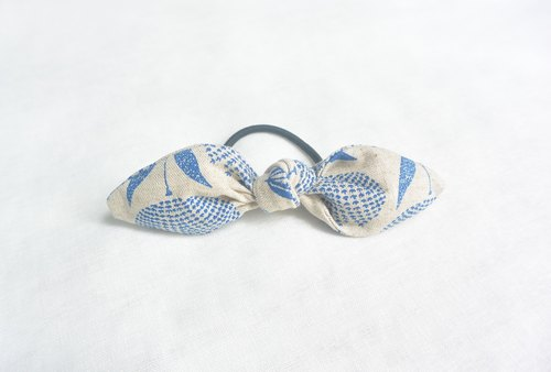 Bowknot Circle - Blue Flower