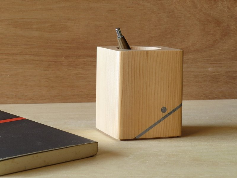 HO MOOD Deconstruction Series - Unicorn & Handmade Wood Pencil Holder
