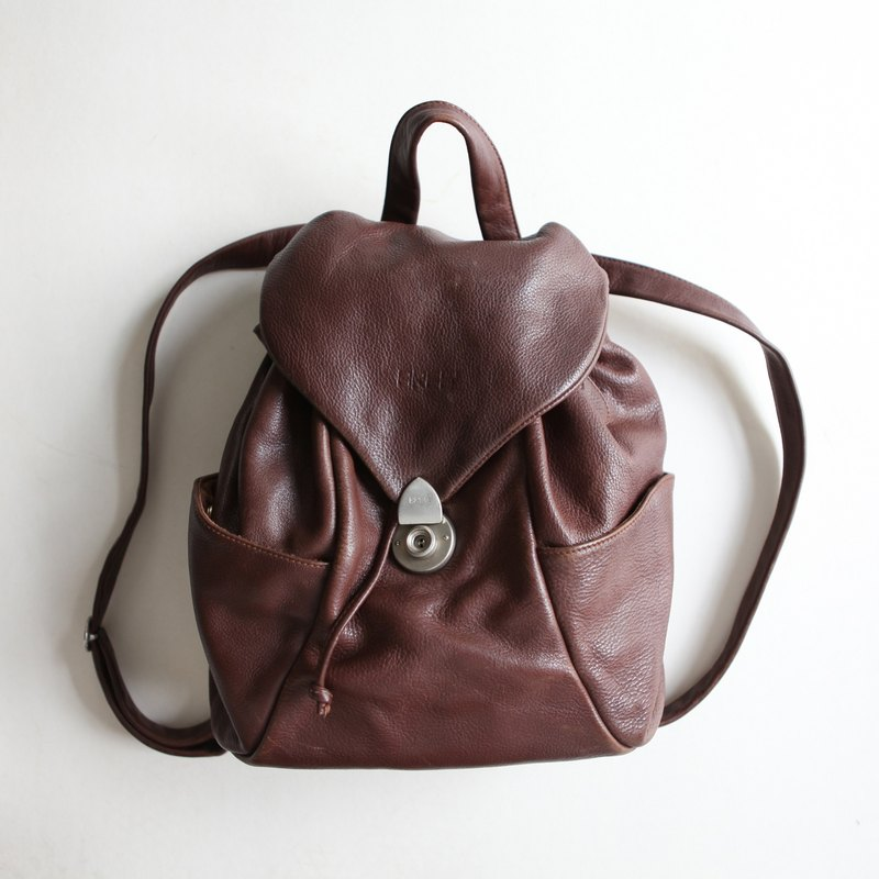 A ROOM MODEL - VINTAGE, BB-0686 BREE after dark coffee silver clasp leather backpack