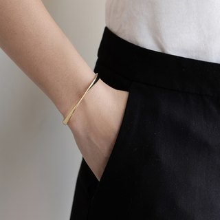 Twisted Cuff Bracelet | 24K Gold