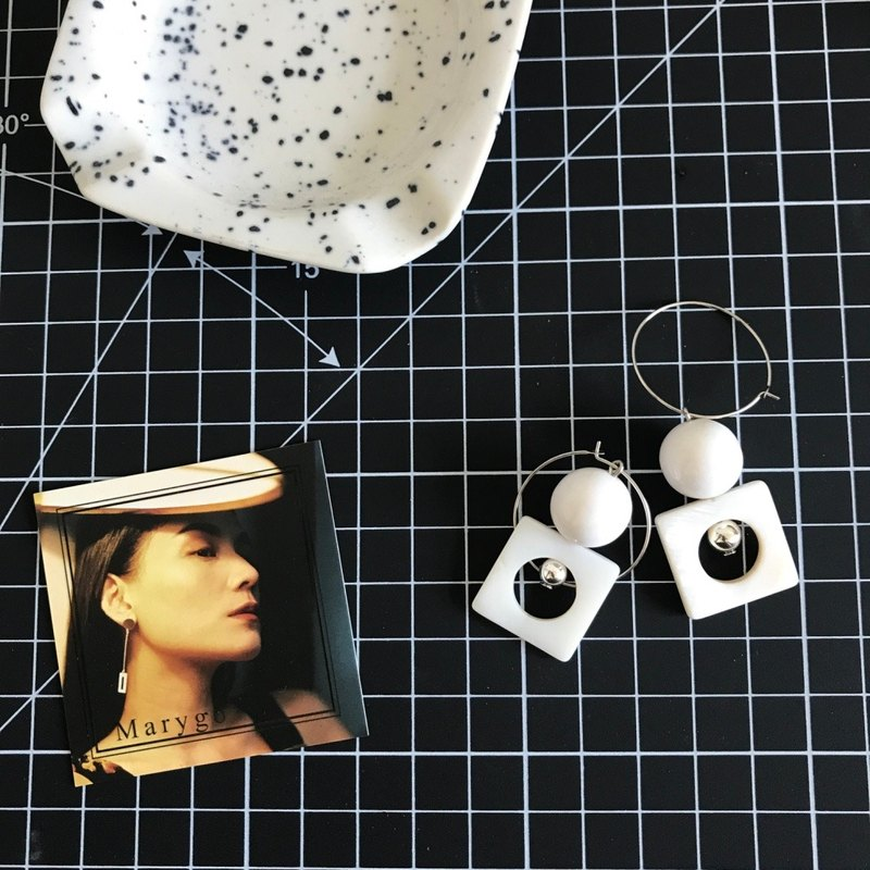 Marygo ﹝ square shell inlaid ball ﹞ basket empty round earrings