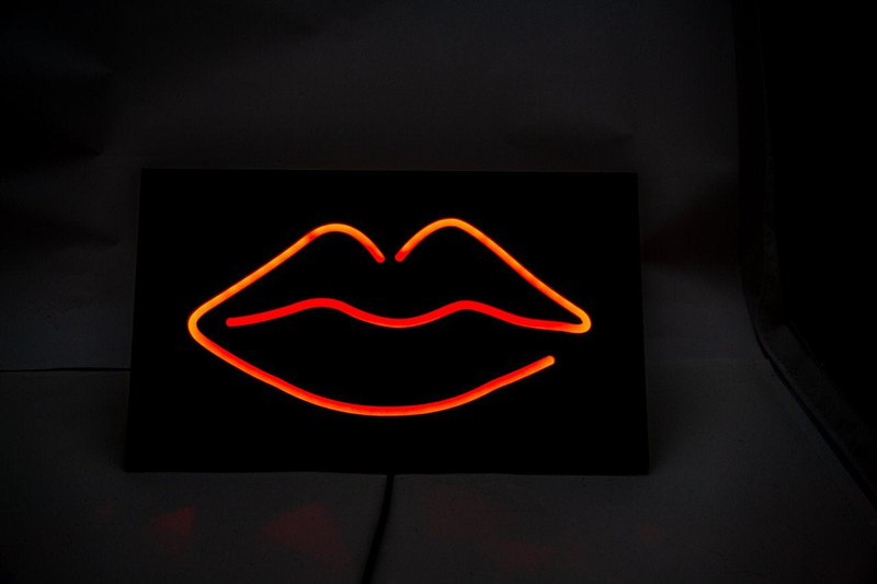 Man cave Wall Light Neon Sign style LIPS led technology // Free shipping //
