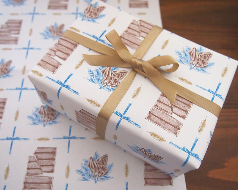 Wrapping paper chocolate