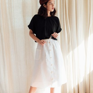 Linen skirt with Wooden bottons - White