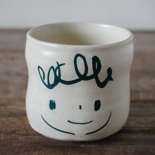 Brut Cake handmade ceramic – smiley face tea cup 260ml (13) , cure shape, no handle, hand drawn face pottery cup. A great gift idea !