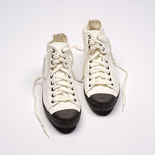 Spanish canvas shoes white black head classic fabric fragrant shoes can be washed high U61997