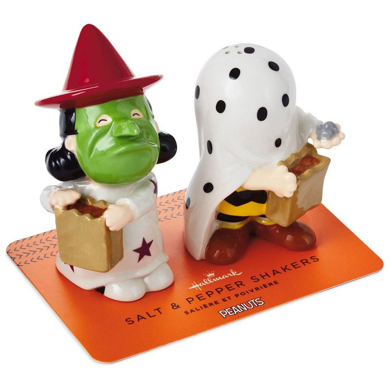 Charlie Brown and Lucy's quarry salt and salt pot 2 into the group [Hallmark-Halloween Series]