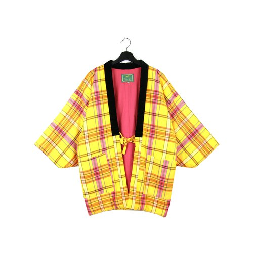 Back to Green :: 袢 day Japan home cotton jacket shop cotton yellow beige pink plaid double pocket // unisex wear / vintage (BT-20)