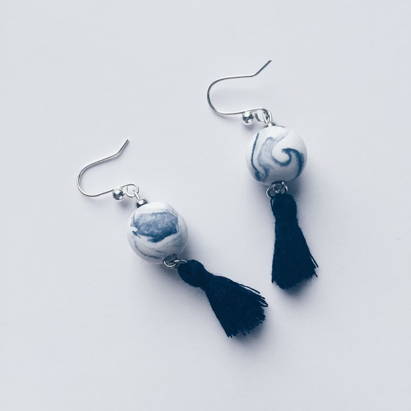Blue ball light clay ink earrings