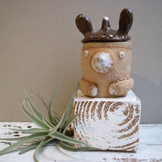 Hand-made pottery rabbit ears wearing bears sauce jar / storage cup