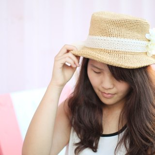 Hand-woven straw sun hat wide-brimmed hat can be folded