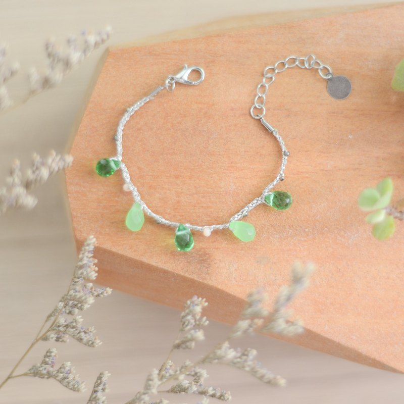 a beautiful handmade green chrystals bracelet by niyome craft