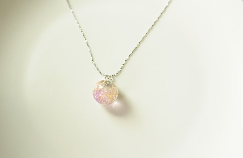 :│Sweet Dream│: Ice Crystal Glass Silver Necklace│ Sweet Dreams