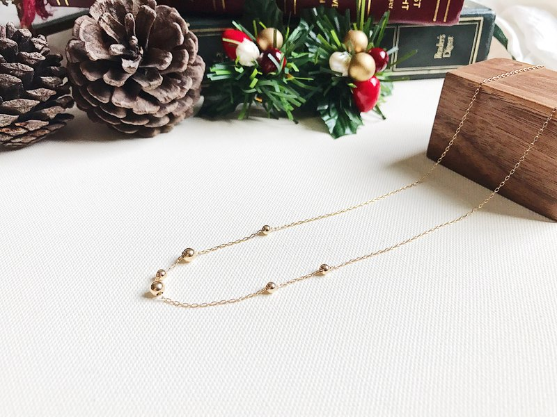::Golden Christmas :: Golden Ball Secret Necklace
