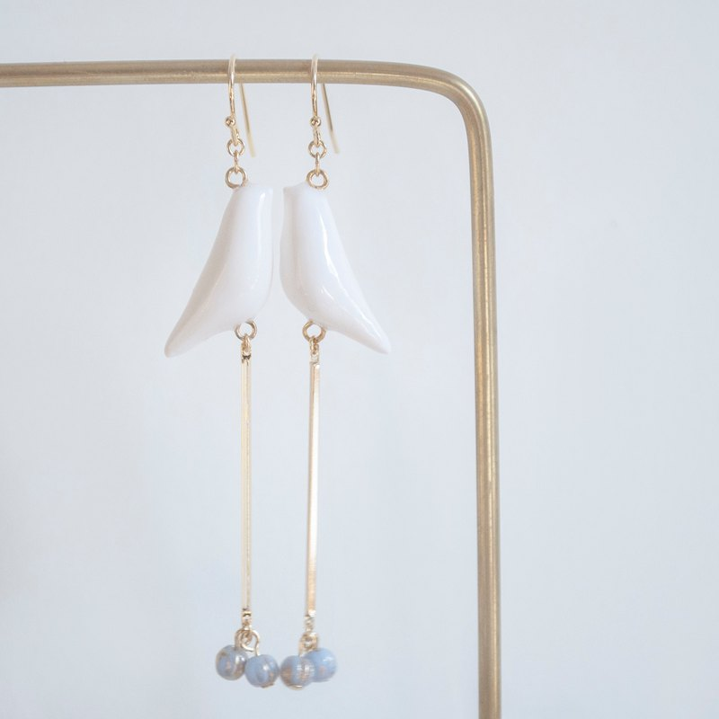 Teatime summer wind bell white bird light pastel earrings ear clip