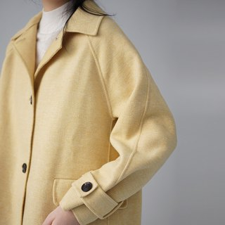 ee18/ Light Yellow Wool Coat