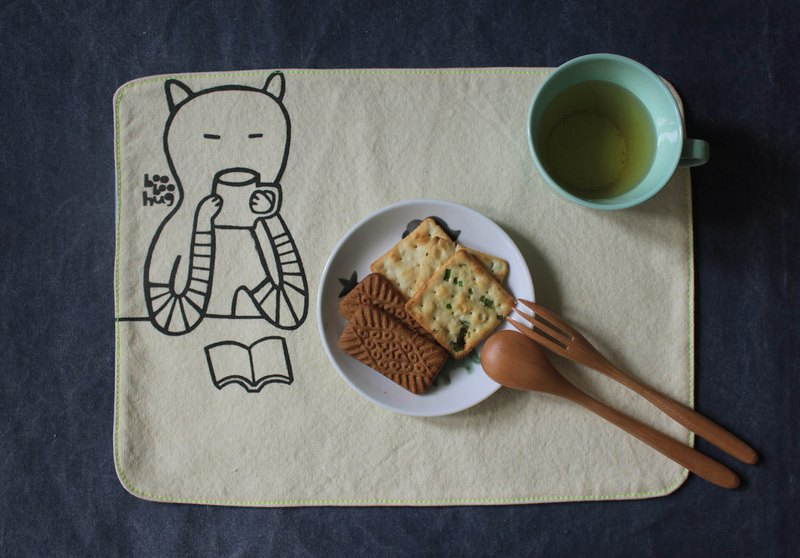 Booboohug / cat drinking coffee - placemat