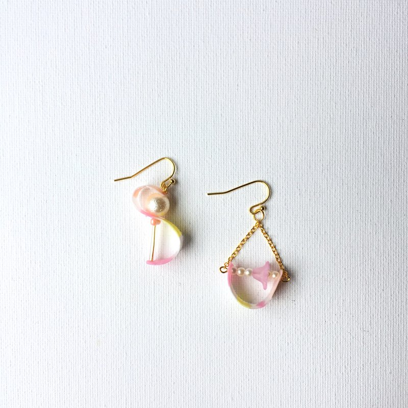 Rolled jelly-peach clip/earring
