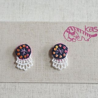 "Hand embroidery pierced earring""Circle 1"""
