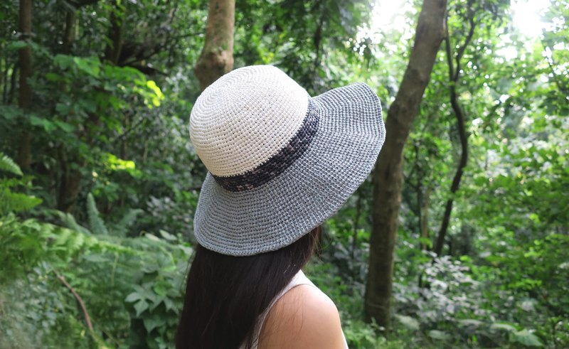 A mother の hand to do the hat - summer La Fei straw hat - three-color stitching large round hat / milky x section of the gray x light gray / design limited section / picnic / gift