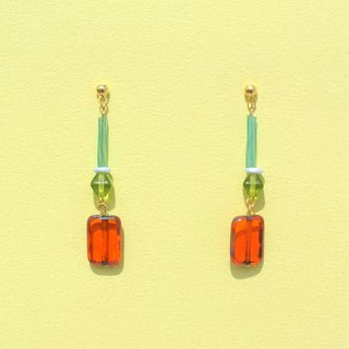 Orange glass beads / transparent green hexagonal beads earrings