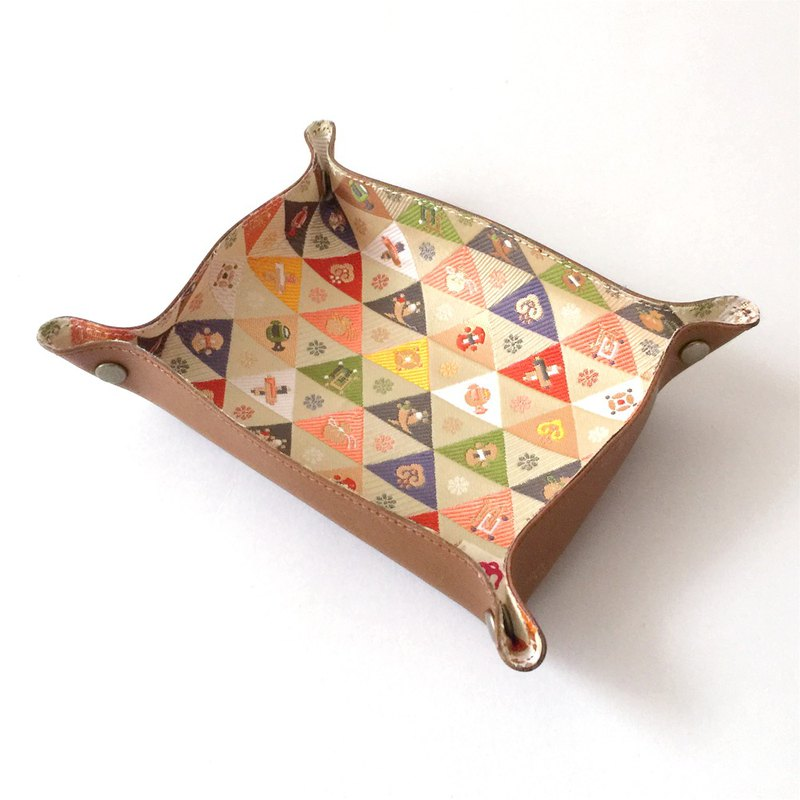 "Tanned Leather tray with Japanese Traditional Pattern, Kimono ""Brocade"""