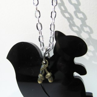 Lectra duck ▲ ▲ happy squirrel necklace / keychain